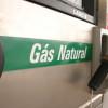 Projeto proíbe motorista de ficar dentro do carro durante abastecimento com gás natural