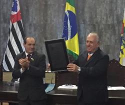 Presidente da UVESP recebe título de Cidadania em Jaú