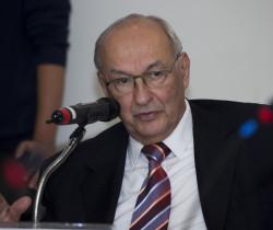 Ives Gandra Martins envia declaração ao presidente da UVESP