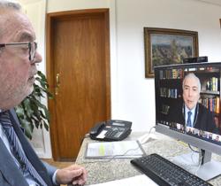 Em palestra, Michel Temer fala sobre separação de poderes e papel dos TCs