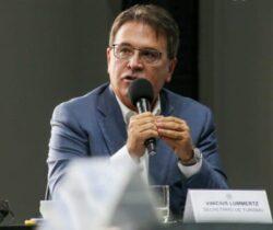 A revolução dos prefeitos – Vinicius Lummertz